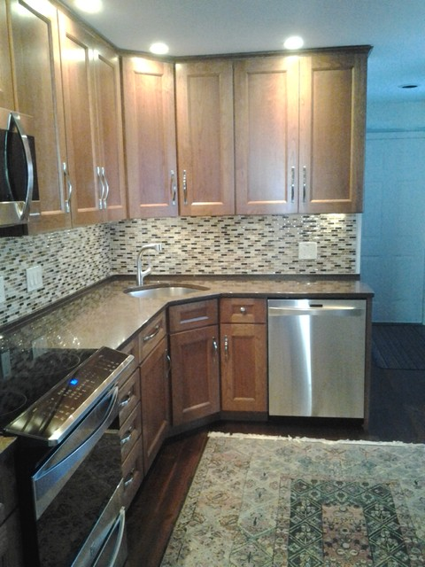 Schuler New Haven- South Hadley traditional-kitchen