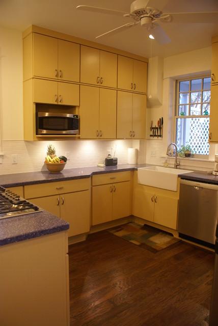 Schuler Soho kitchen - Labat-Gepert contemporary-kitchen