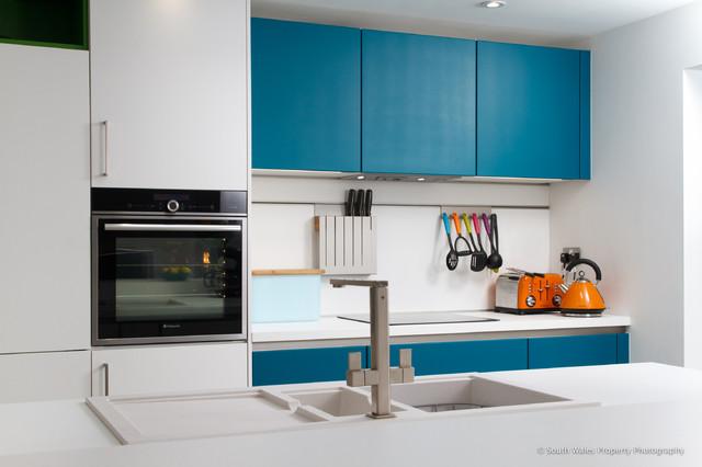 schuller kitchen in newport south wales - contemporary - kitchen ... - Schller Kche