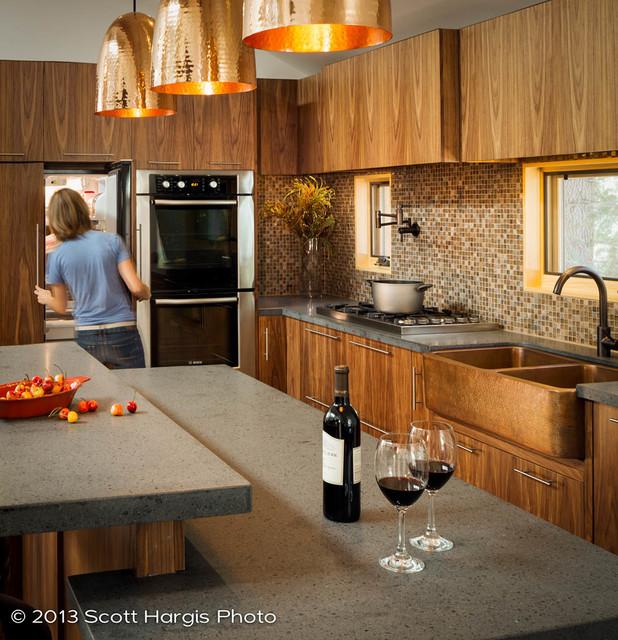 Scott Hargis Photo modern-kitchen