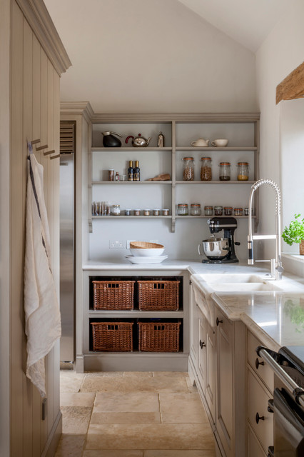 Scullery and pantry area in rustic modern kitchen - Farmhouse ...