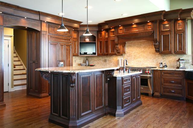 Select Alder traditional-kitchen