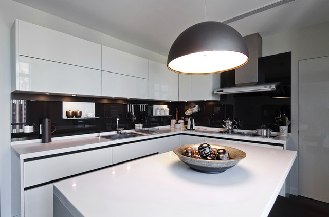 Selenium Panorama modern kitchen