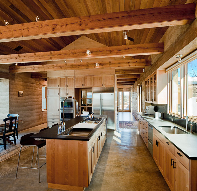 Selzer residence rustic kitchen albuquerque by ian for Rustic home albuquerque