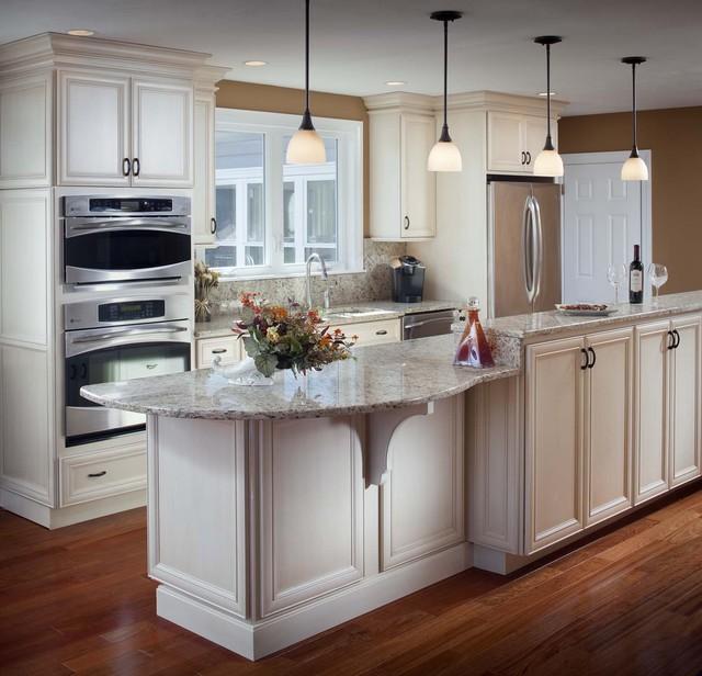 Sen design kitchen bath professionals for Traditional kitchen equipments