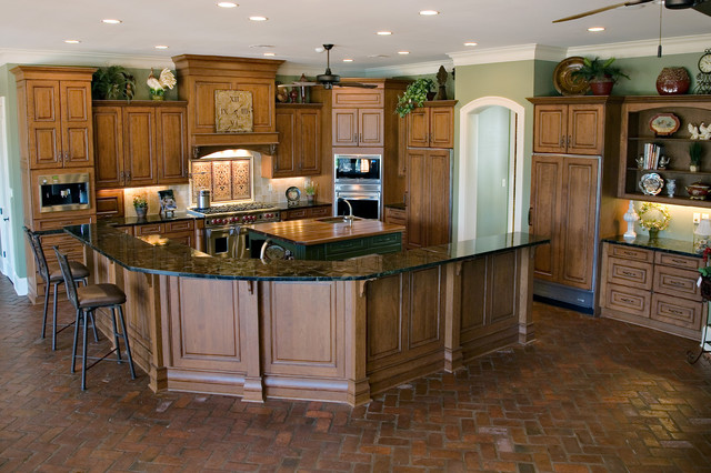Serenity on Spring Lake traditional-kitchen