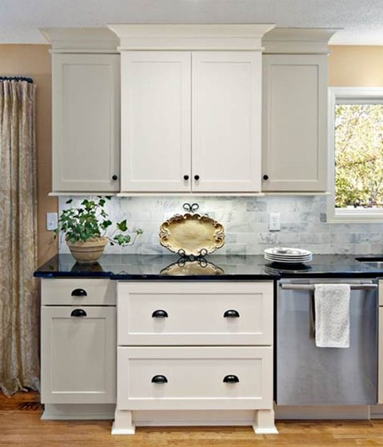 Shake Kitchen Cabinets