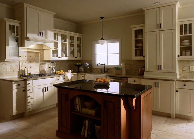 Shaker 6 square kitchen traditional kitchen for Square kitchen designs