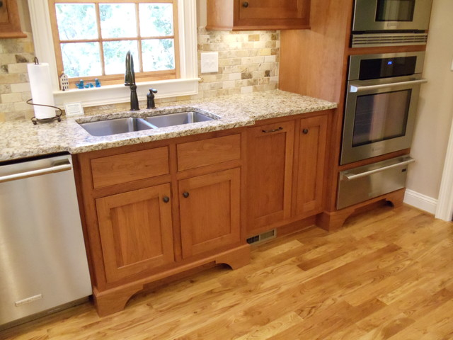 Shaker Cherry Beaded Inset Kitchen - Traditional - Kitchen ...