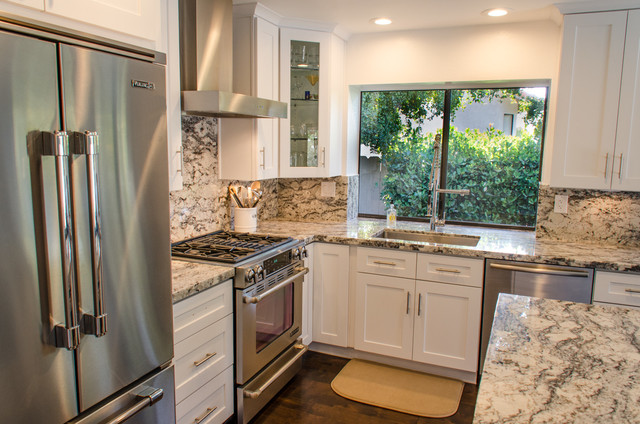 Shaker Galore Contemporary Kitchen San Diego By Taylorpro Design Remodeling