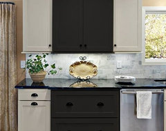 Shaker Kitchen Cabinets | Rockford Door Style | CliqStudios contemporary kitchen