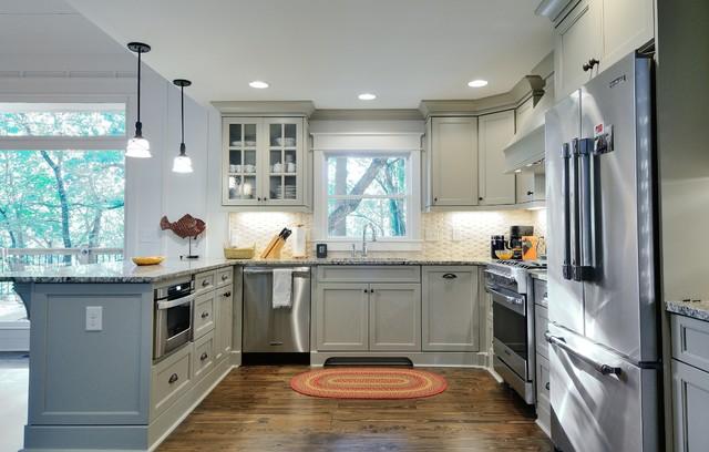 Shaker kitchen - Traditional - Kitchen - atlanta - by ...