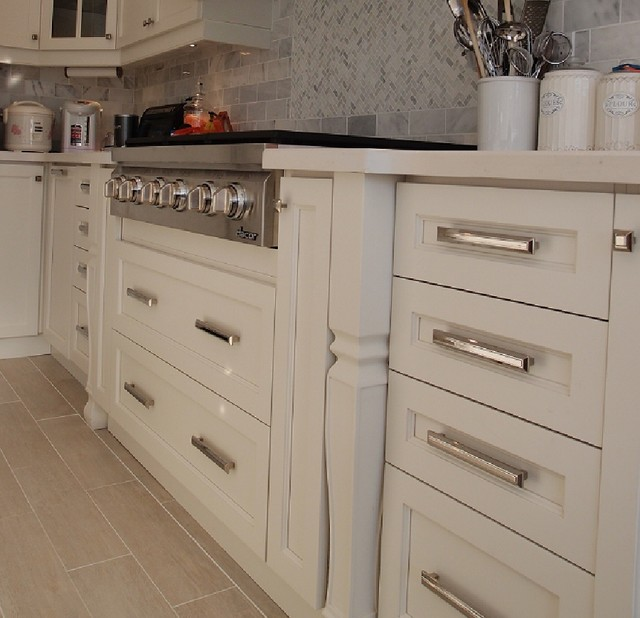 ... cabinets in toronto - Modern - toronto - by CMC kitchen cabinets