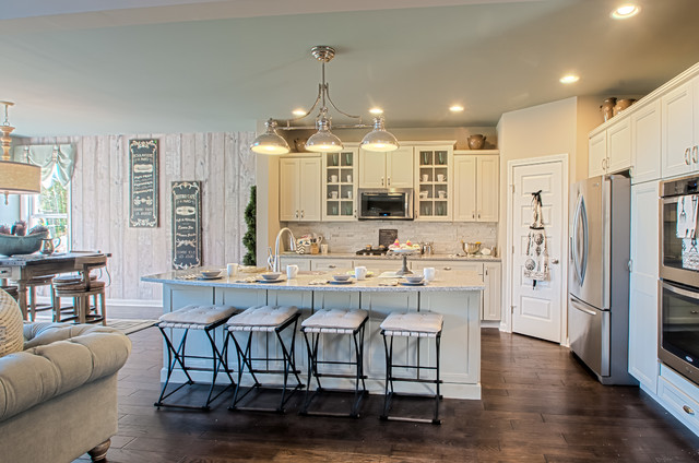 Shaker run clay decorated model kitchen other metro by fischer homes - Who decorates model homes image ...