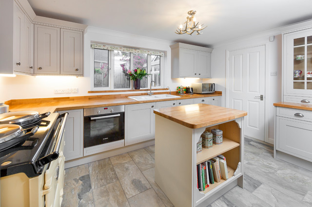 Inspiration for a traditional kitchen in Essex.