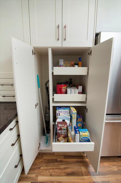 Shallot Crescent Residence modern-kitchen