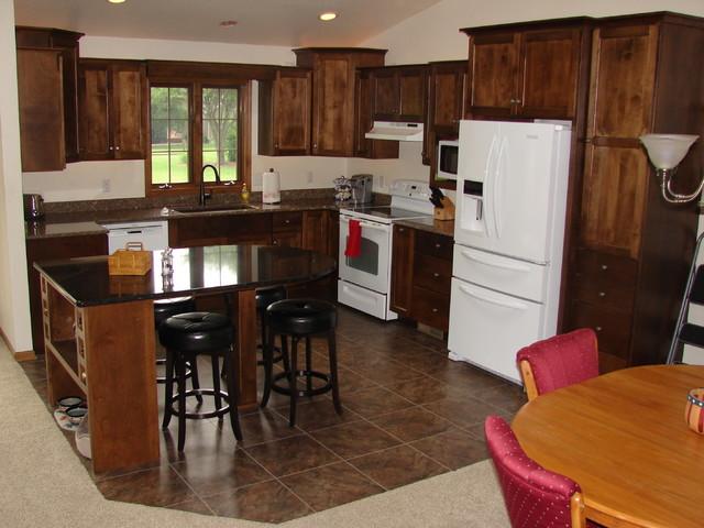 Sheboygan country kitchen remodel for Bathroom remodeling sheboygan