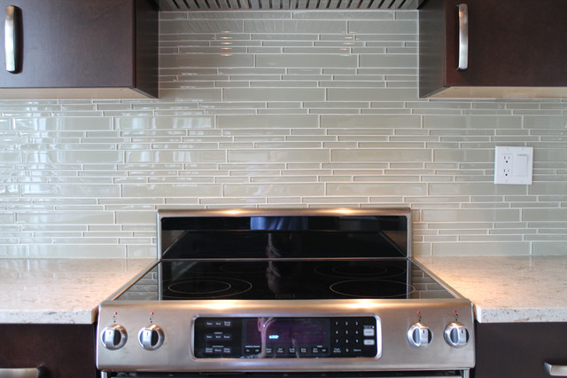 Superb Sheepu0027s Wool Beige Linear Glass Mosaic Tile Kitchen Backsplash Contemporary  Kitchen