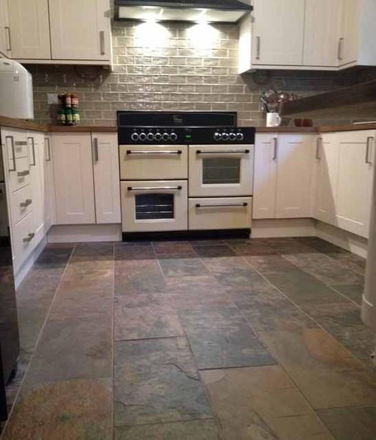 Antique White Cabinet Island Colour Rift Oak Slate Flooring