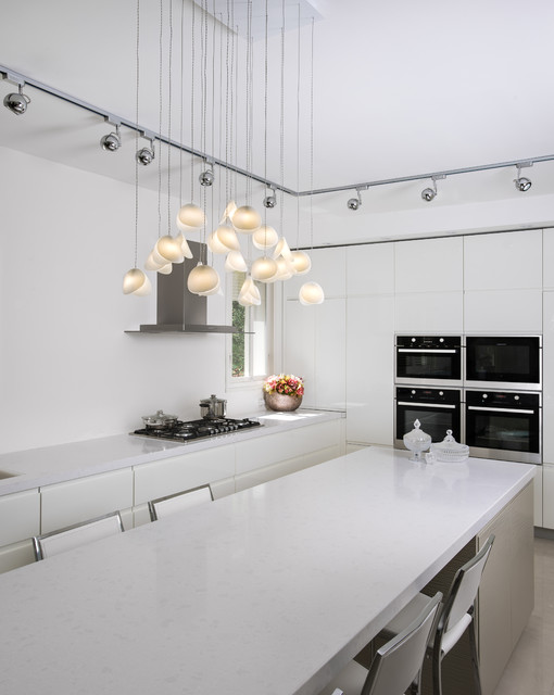Delicieux Shell Chandelier Contemporary Kitchen