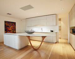 Shelley St Elwood contemporary-kitchen