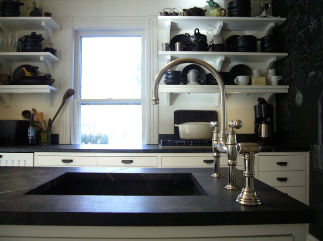 traditional kitchen by SchappacherWhite Ltd.