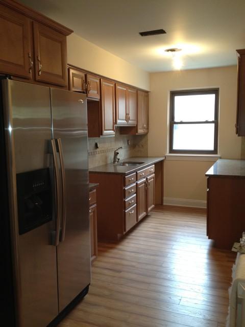Shenandoah Bluemont Maple Square/Spice-Woodbury Townhouse traditional-kitchen