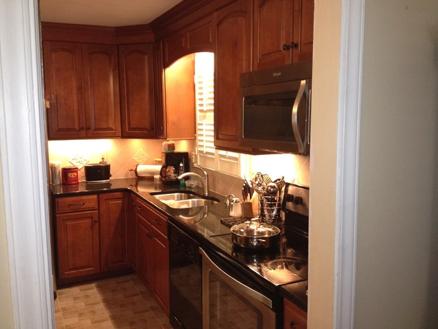 Shenandoah Cabinetry Winchester Maple