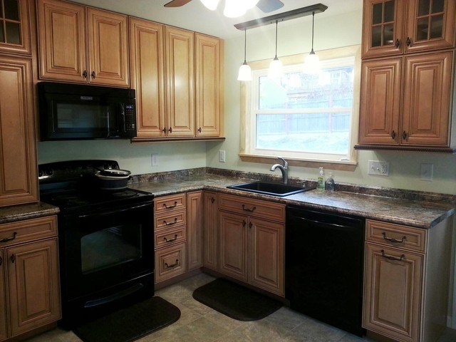 Shenandoah McKinley Kitchen   Lewiston Traditional Kitchen