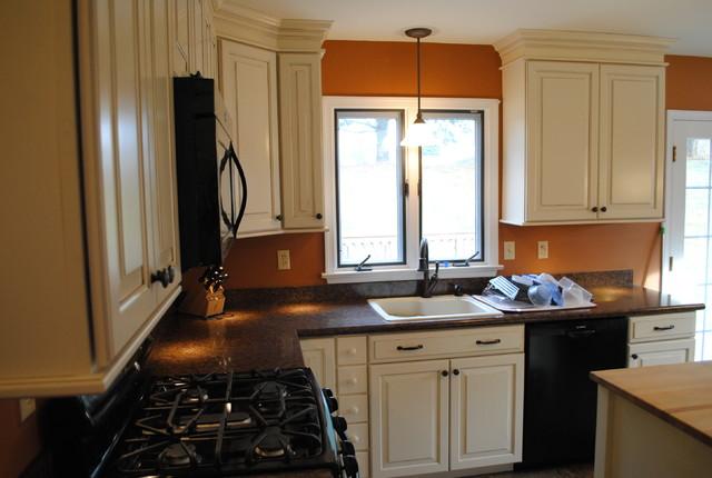 Shenandoah Cabinets Dominion Kitchen On Shenandoah Cabinetry Kitchen, Shenandoah  Kitchen Ideas, Mckinley Maple Cabinets