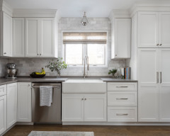 Pros Share Kitchen Cabinet Hardware Finishes They Love Right Now
