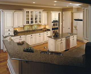 kitchen cabinets light shiloh cabinetry 3066