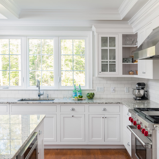 Kitchen Classical Colonial Kitchen Design With Island For: Shingle Style Colonial