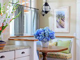 victorian kitchen Your Dining Style: 9 Strategies for Eat In Kitchens (16 photos)