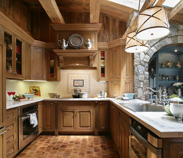 Victorian Kitchen: Shingle Style Home