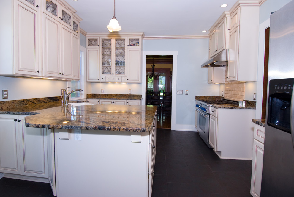 Shorewood kitchen remodel - Traditional - Kitchen ...