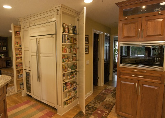 Shorewood kitchen storage traditional-kitchen