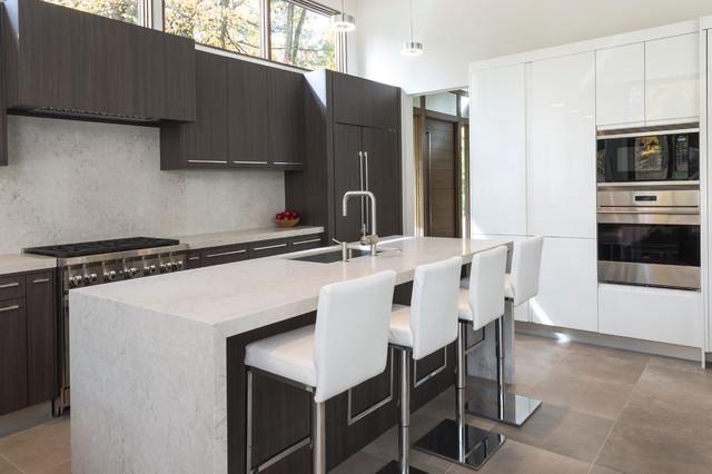 Short hills home moderno cocina nueva york de for Losetas para cocina modernas