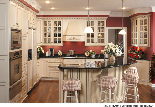 Showplace Cabinetry - Kitchen traditional-kitchen