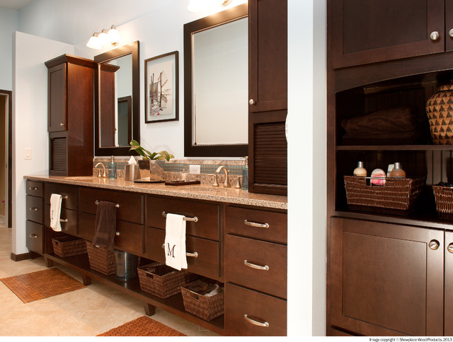 Showplace Cabinetry Traditional Kitchen Other Metro By Team Farrell