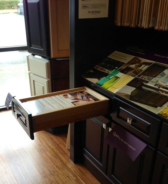 Showroom & Displays traditional-kitchen