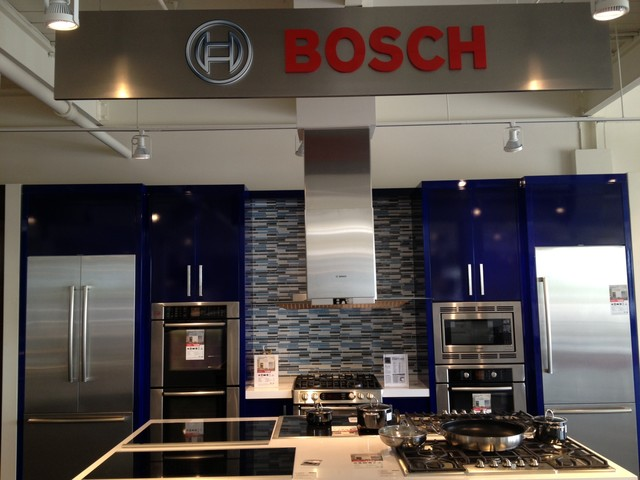 Showroom display -BSH - Contemporary - Kitchen - Toronto - by ...