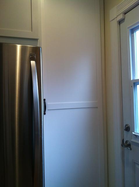 Side Floor To Ceiling Pantry