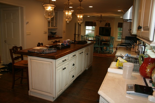 Siebrecht Place, New Rochelle traditional-kitchen