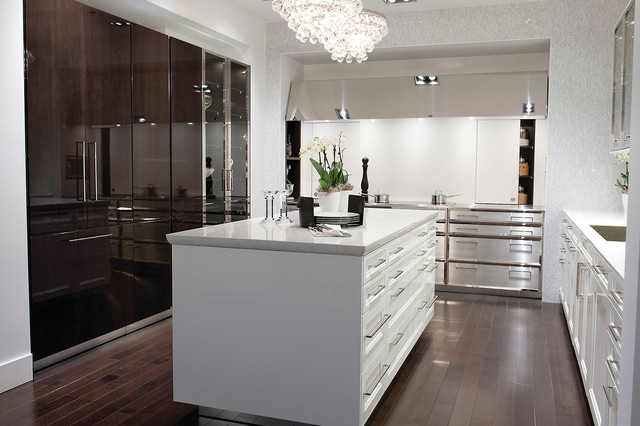 SieMatic Kitchens - Contemporary - Kitchen - san diego - by Inplace Studio