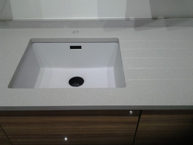 Silestone Aluminio Nube Quartz For A London Apartment