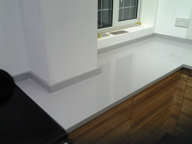 Silestone aluminio nube quartz for an apartment in london - Silestone aluminio nube ...