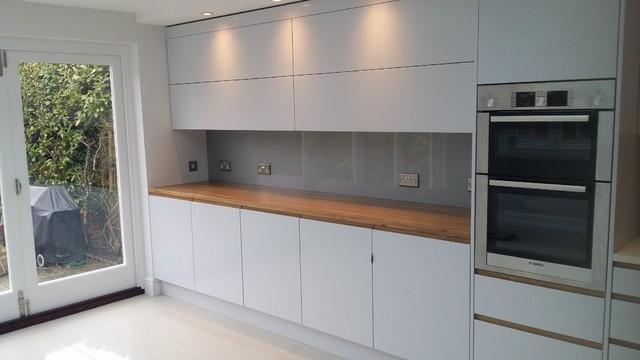 glass kitchen splashbacks uk kitchen designers remodelers