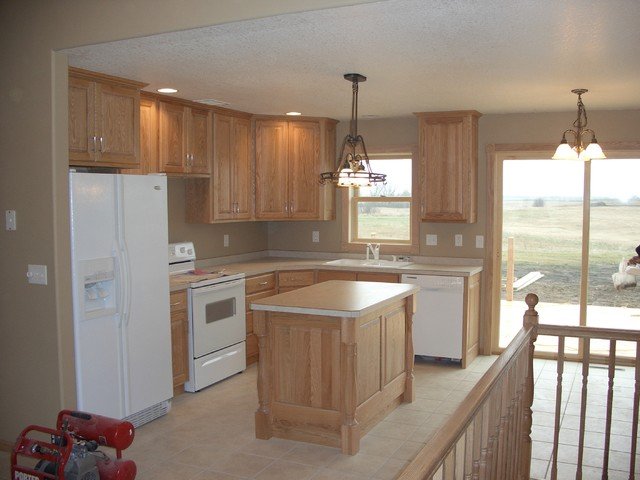 Silver Leaf Cabinets traditional-kitchen