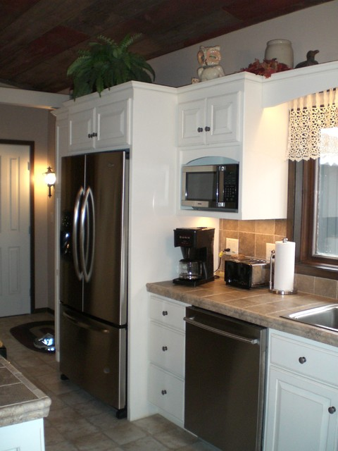 Silver Leaf Cabinets traditional kitchen